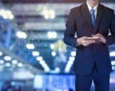Systemy zarządzania produkcją w firmie a oszczędności – co warto wiedzieć?